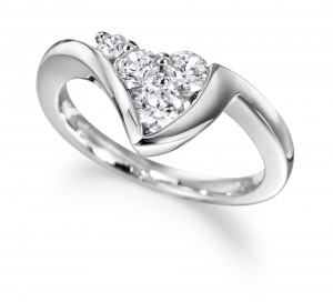 Voltaire Diamonds 4 Diamond Ring